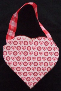 valentine-holder-back